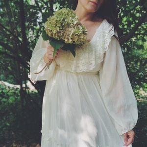 Vintage 70s Boho Lace Wedding Dress